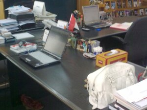 @ammouni's desk after
